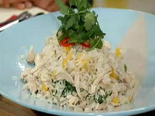 Ensalada pollo y mango con arroz