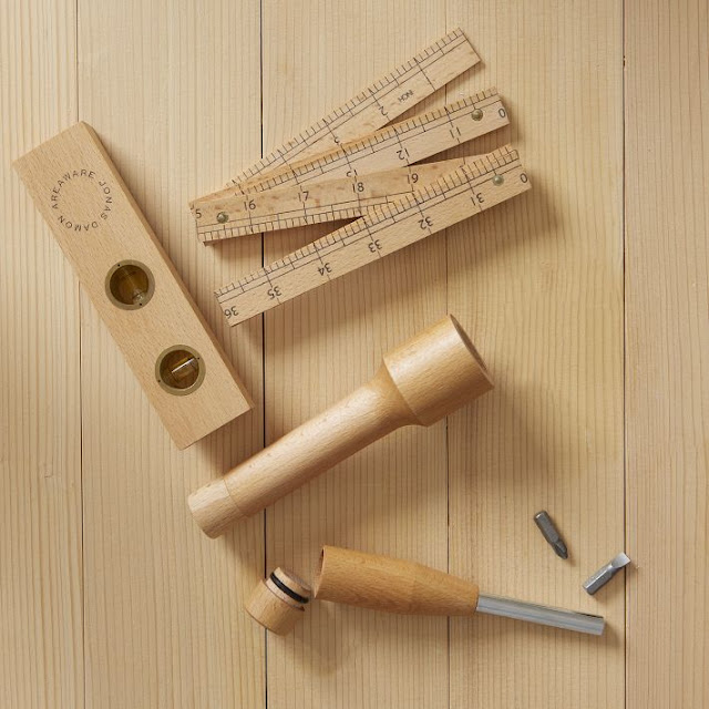 West Elm, market, tienda, shop, decoration, U.S, linterna, metro, nivel, Areaware, Wood, Tool Set