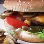 Super hamburgers aux champignons et au fromage