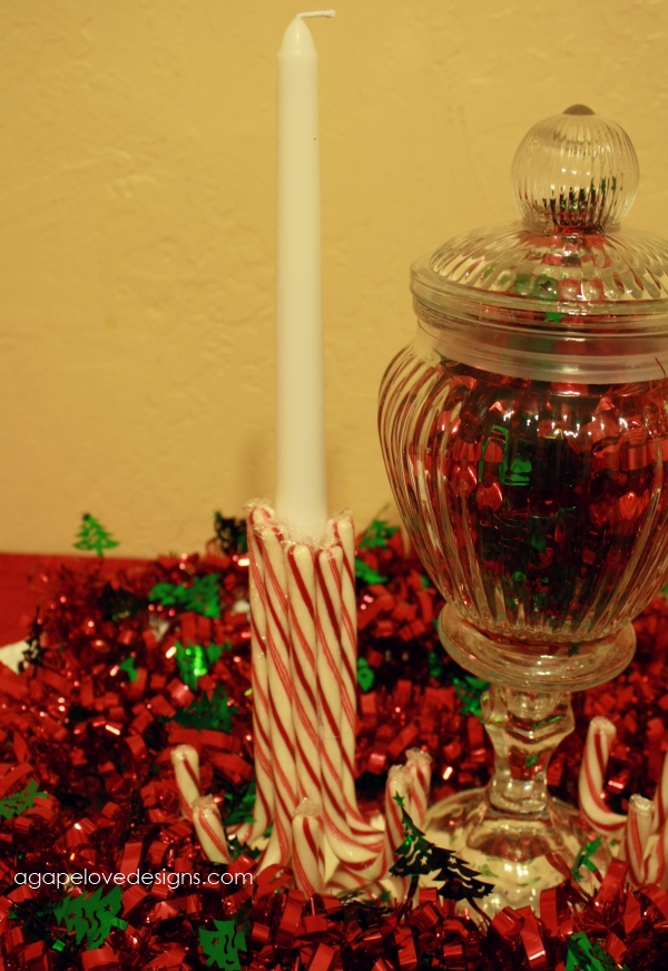 Agape love designs simple cheap christmas table for Candy cane holder candle centerpiece