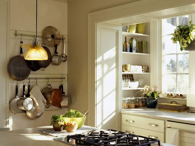 decoração cozinha pequena paredes panelas