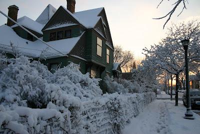 Snow+April+1007.jpg
