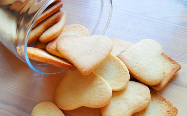 песочное печенье без глютена, рецепт простого и вкусного печенья без глютена, печенье на кукурузной муке,