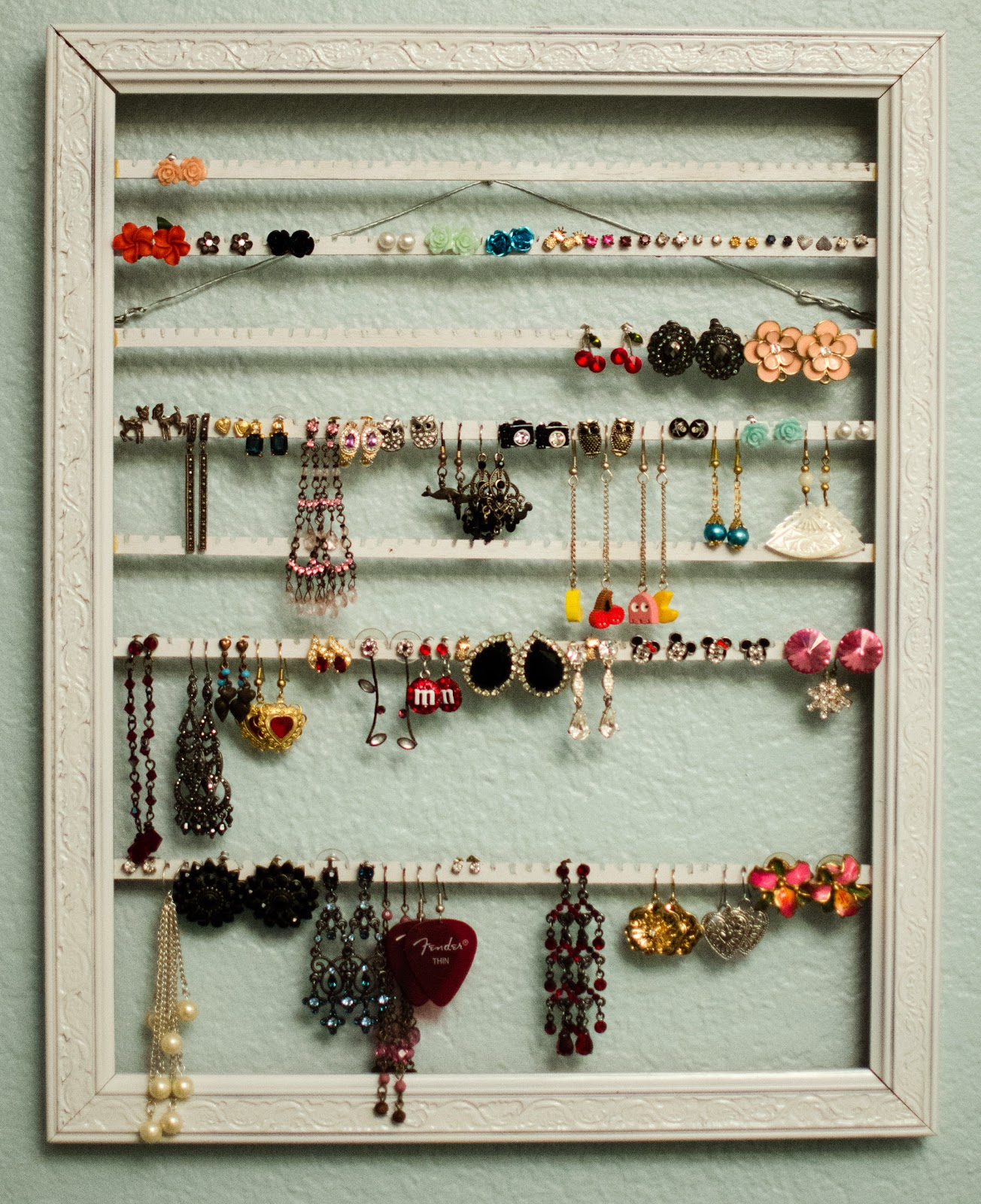 The Adventures of Mrs. Mayfield: Picture Frame Turned Earring Rack