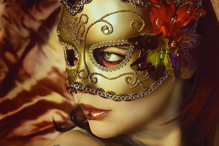 masquerade eye makeup. Masquerade