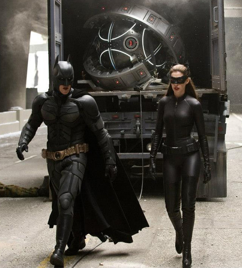 Anne Hathaway Dark Knight Rises: The Bat Channel!: Pictures: Anne Hathaway As Catwoman In