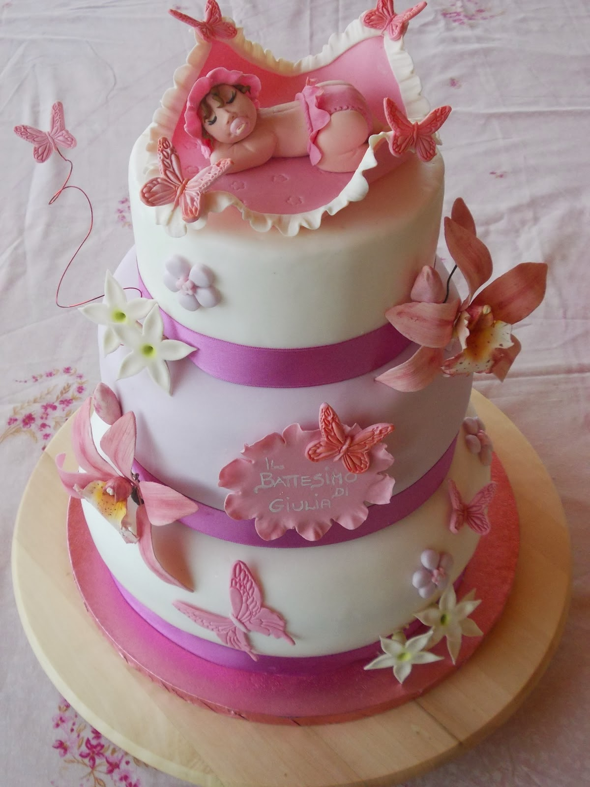 torta battesimo con farfalle