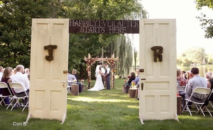 Con b de boda puertas para decorar una boda for Decoracion puertas vintage