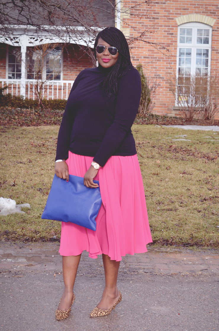 Plus size fashion for women: pinspiration #fashion #pinkskirt #howtowear
