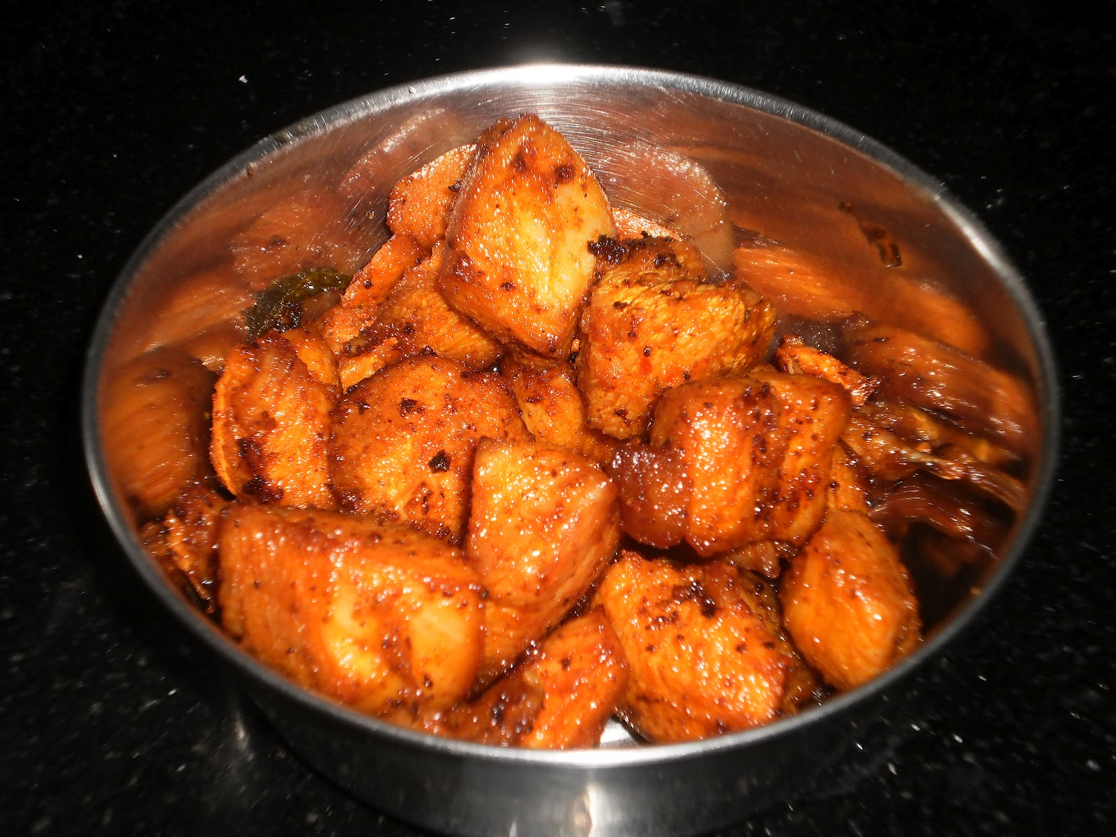 Homemade fried chicken south indian style chicken fry easyfud style is a popular chicken fry starter recipe in authentic south indian restaurants and hotels serving non vegetarian food south indian fried chicken forumfinder Image collections