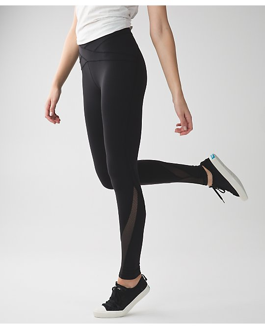 lululemon free-flow-tight black