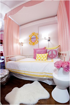 This Teen Girls Room Is So Beautiful. The Canopy With The Daybed Is So  Smart. Love The Picture Of The Girl. I Think It Give The Room Such Character