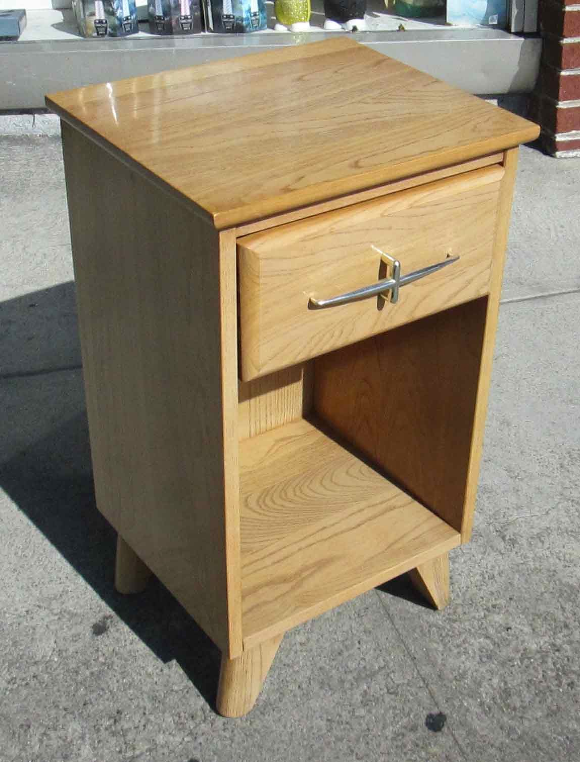 Charmant Uhuru Furniture Collectibles Sold Small Nightstand By La Period