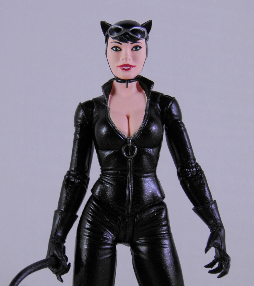 new catwoman 2018 eikones - 834×937