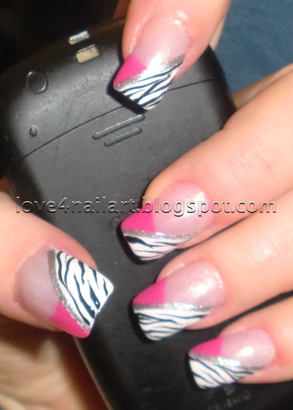 Love4NailArt: Hot Pink & Zebra Nails