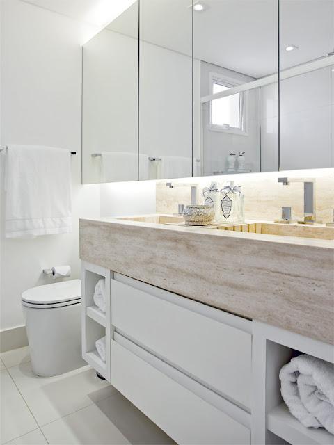 Eu moraria aqui 19 banheiros pequenos  dos mais simples aos rebuscados! -> Tinta Para Pintar Armario De Banheiro