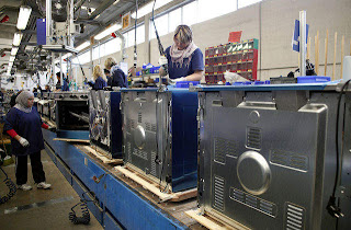 Italian Industrial Production m/m adalah