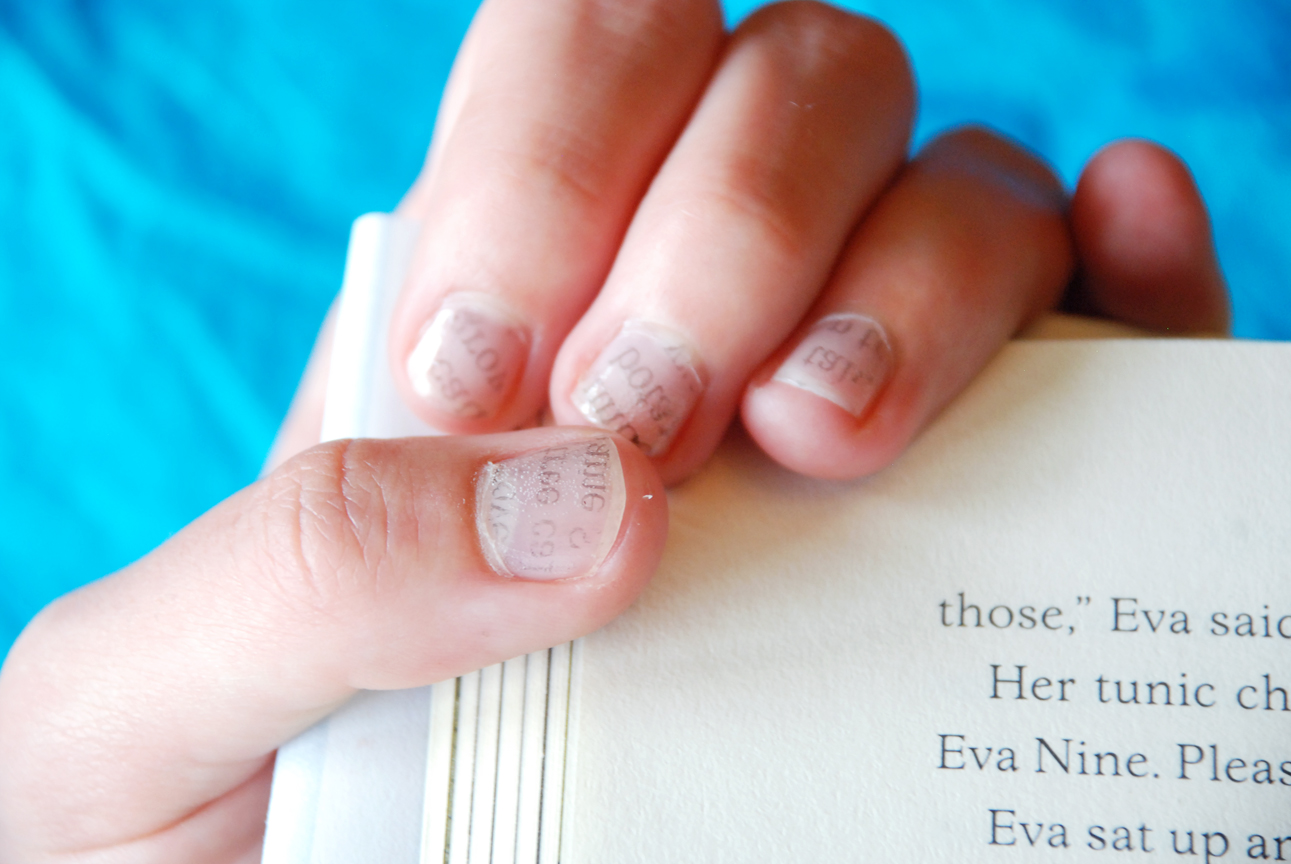 Paper Raindrops: Newspaper Nails