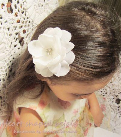 Bridal hair accessories white flower