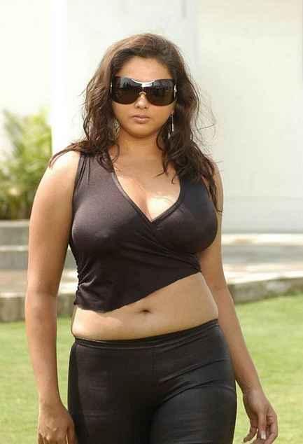 namitha+very+hot+photos