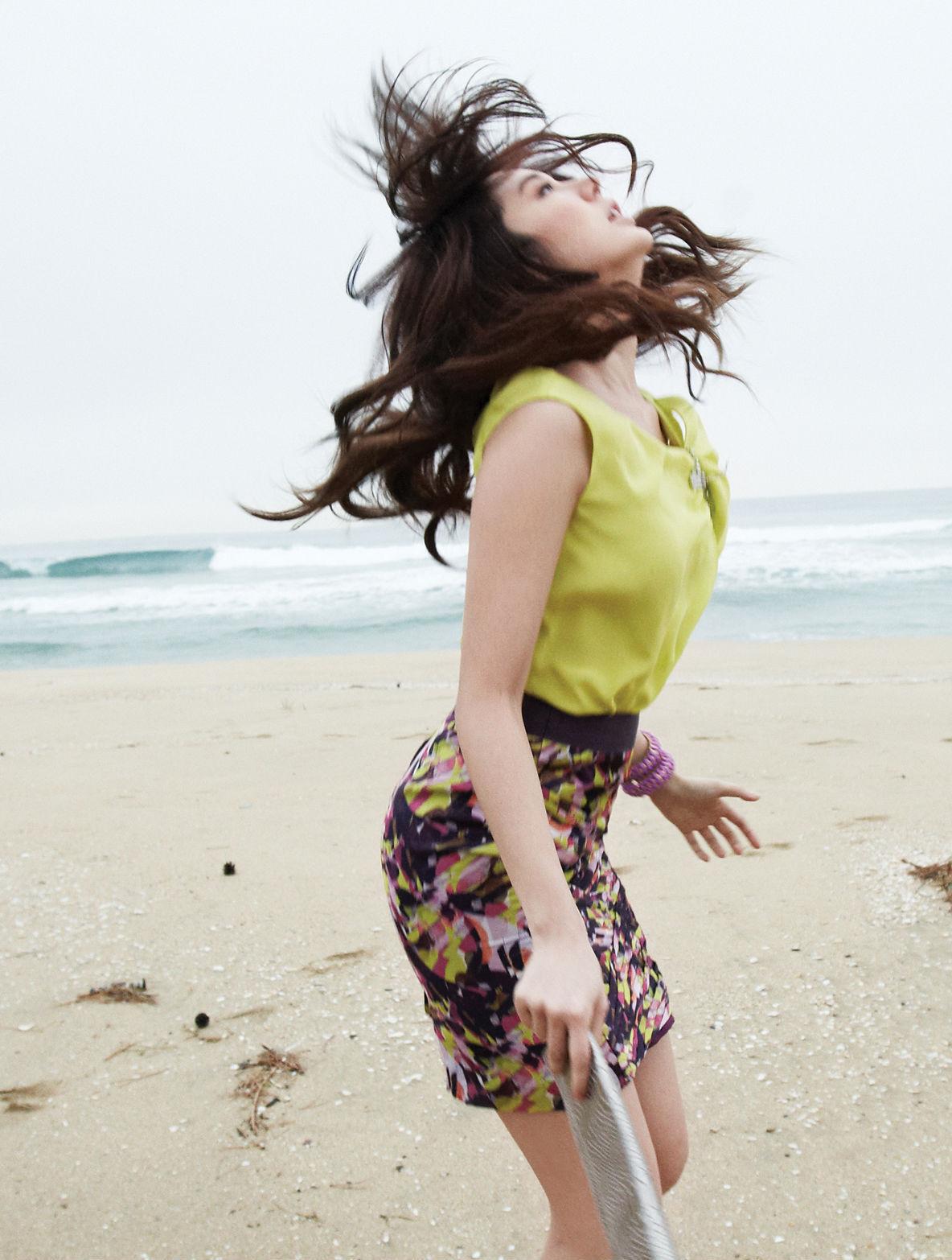 http://3.bp.blogspot.com/-TVsZVjPZzbo/UAl-6m1HyoI/AAAAAAAAKIs/BoHBhdbj-zM/s1600/yoon-eun-hye_korean+(8).jpg