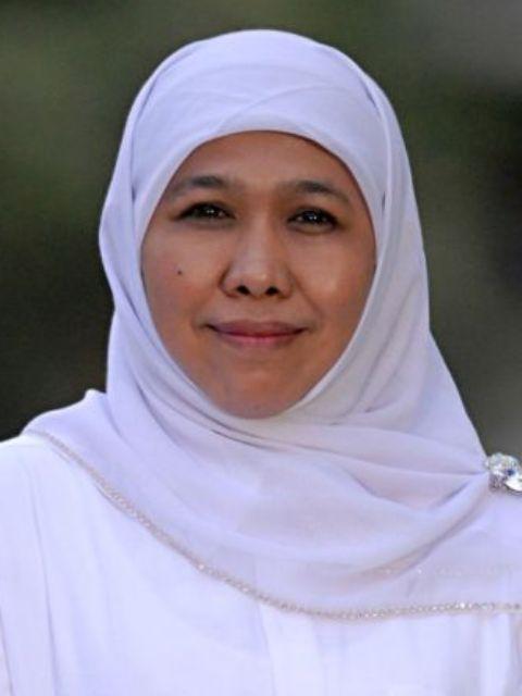 Profil dan Biografi Khofifah Indar Parawansa - Menteri Sosial RI ke-26