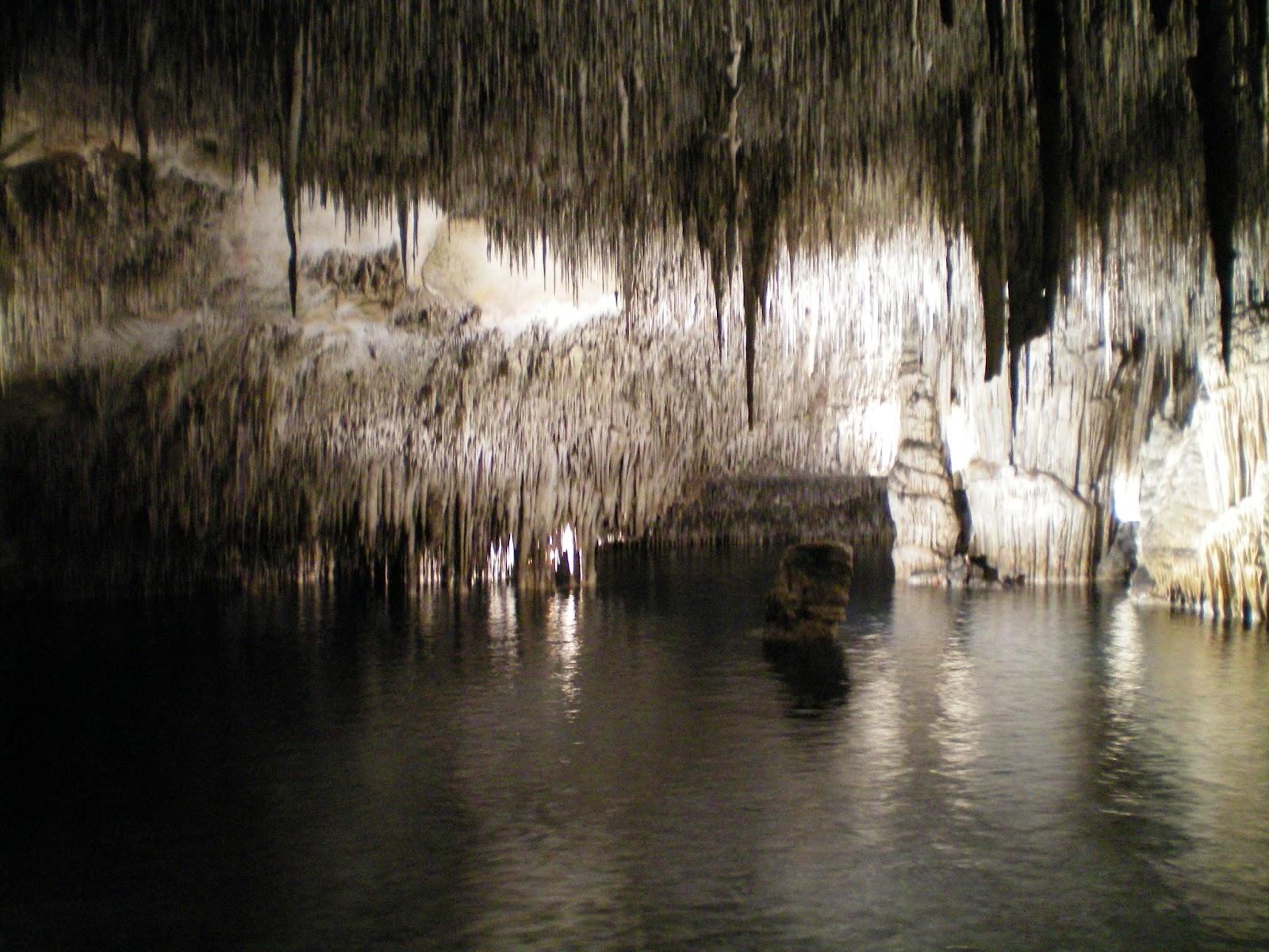Viajando las cuevas del drach - Calizas mallorca ...