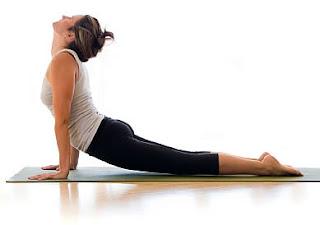 peregangan tulang belakang untuk meninggikan badan