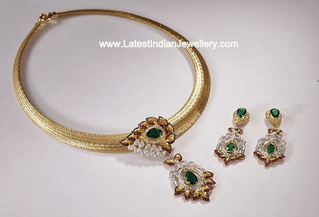 Gold Necklace Swarovski Pendant