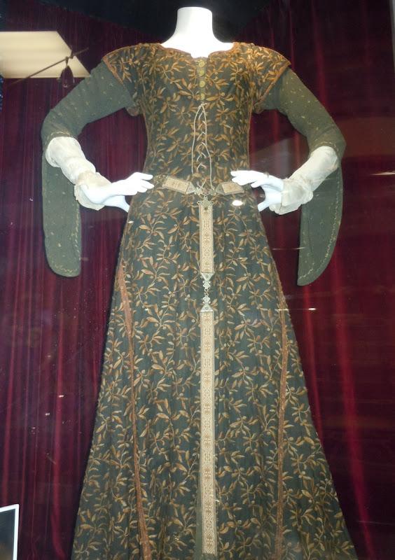 Cate Blanchett Robin Hood dancing gown