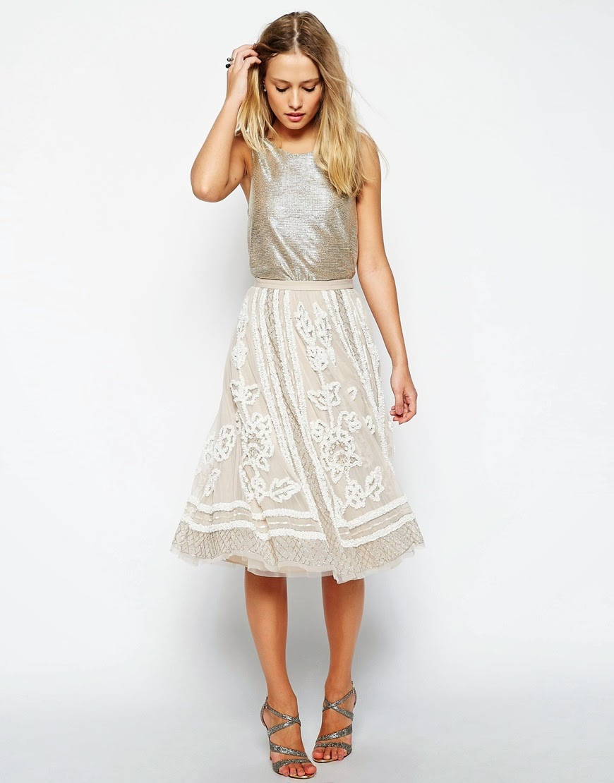 needle thread cream skirt,