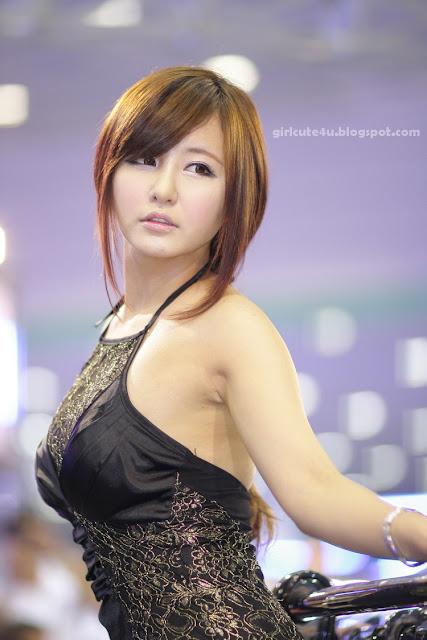 8 Ryu Ji Hye-Seoul Auto Salon 2011-very cute asian girl-girlcute4u.blogspot.com