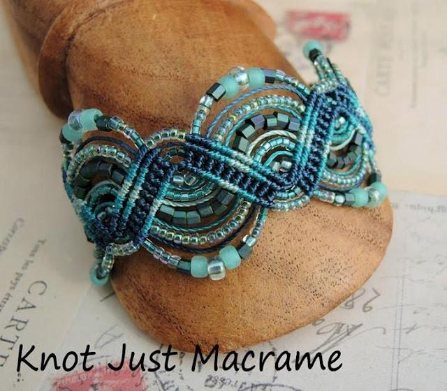 Zig Zag micro macrame bracelet variation
