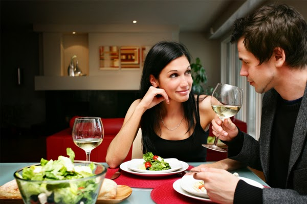 cuckdoo com 13 very romantic dinner date ideas for couple