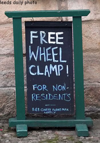 Free Wheel Clamp Sign