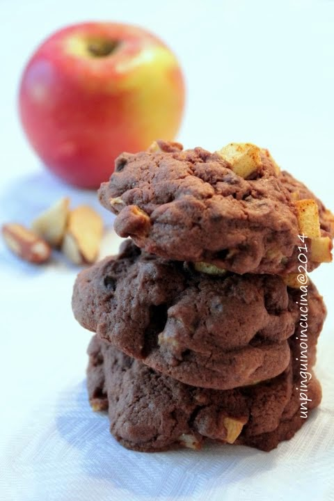 cookies cioccolato, mele e noci