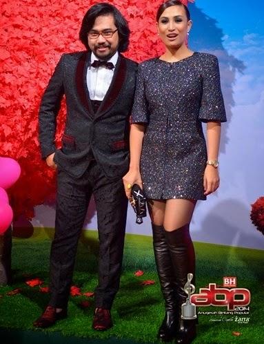 Kenyataan sombong Ozlyn isteri Johan Raja Lawak isu cium mulut di malam ABPBH 2014