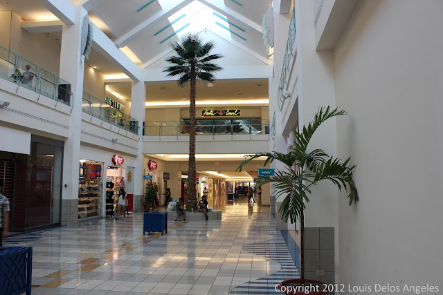 The late Sunday scene at Micronesia Mall