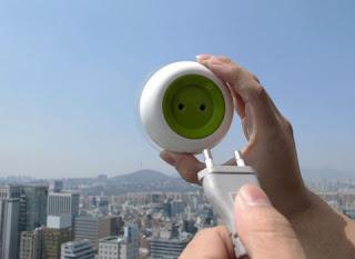 Novedoso enchufe solar portátil