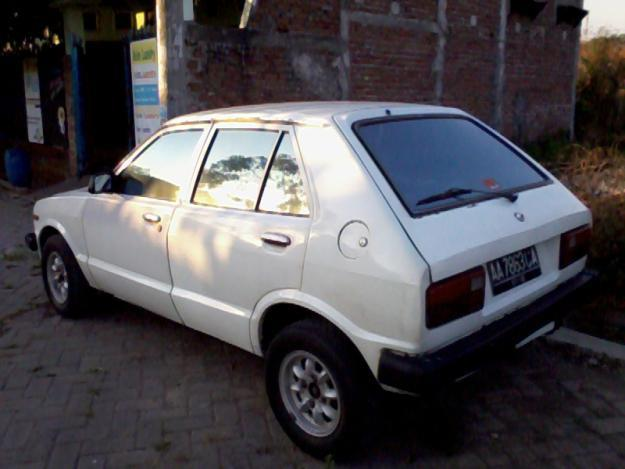 Daihatsu Charade G10 miliknya Om Bibir Kancut.