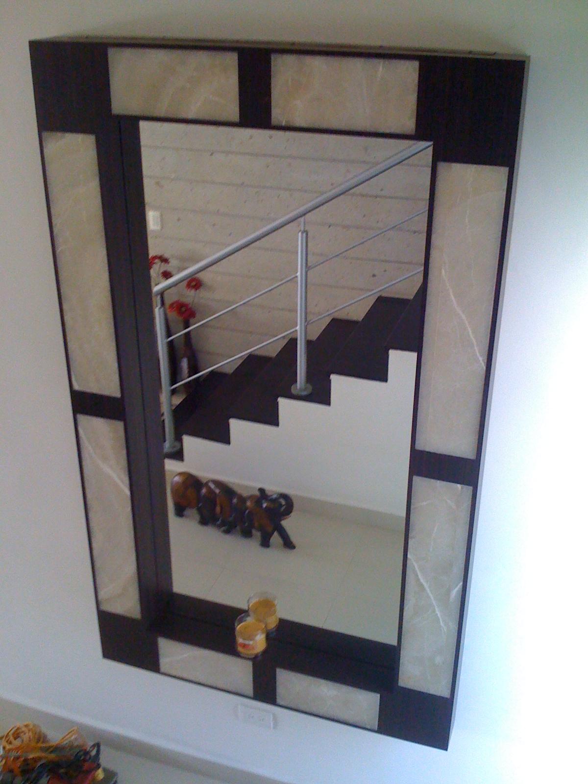 Colocaci n de pinturas cuadros y espejos mantenimiento - Pintura para espejos ...