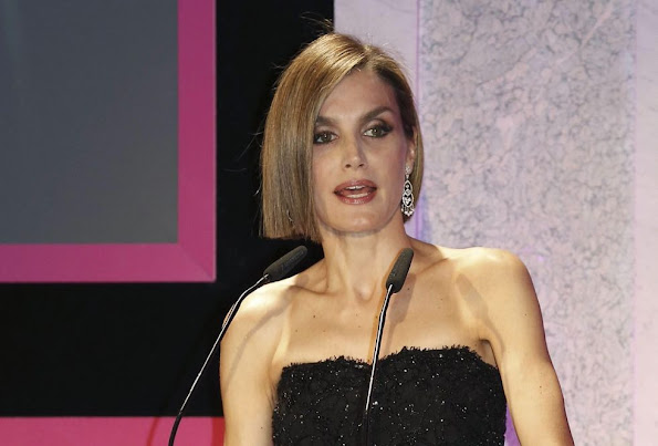 Spanish Queen Letizia poses with laureates, Mexican actress Salma Hayek Spanish orchestra conductor Inma Shara and WHO's Director for Public Health and Environment Dr. Maria Neira during the Woman Magazine awards ceremony at the Casino of Madrid, Spain