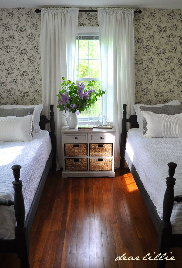 Dear lillie lillie and lola 39 s old fashioned new england for New england style bedroom