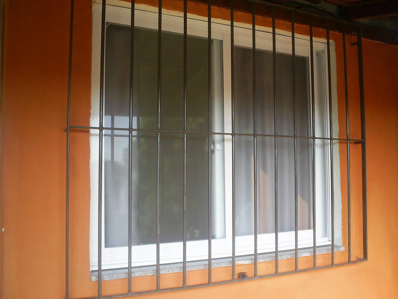 #B36318 segunda feira 15 de outubro de 2012 842 Manutenção Em Janela De Aluminio