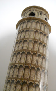 model of the leaning tower of Pisa in 3d