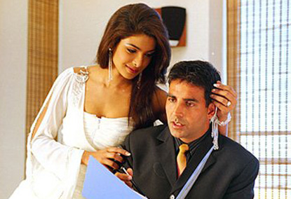 most popular videos priyanka chopra seducing akshay kumar