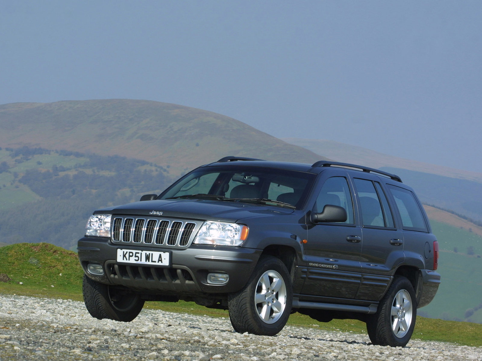2001 jeep grand cherokee uk version wallpaper auto trends magazine. Black Bedroom Furniture Sets. Home Design Ideas