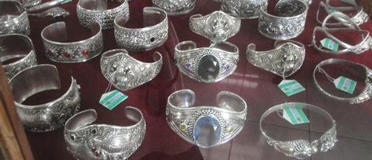 Kerajinan Emas Dan Perak Celuk - Celuk, Desa, Gianyar, Bali, Liburan, Wisata, Atraksi
