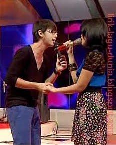 Ussy - Tentang Cinta (feat. Andhika Pratama)
