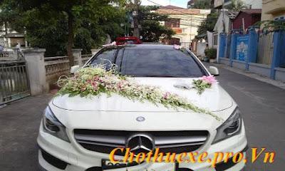 Cho thuê xe cưới màu trắng Mercedes CLA